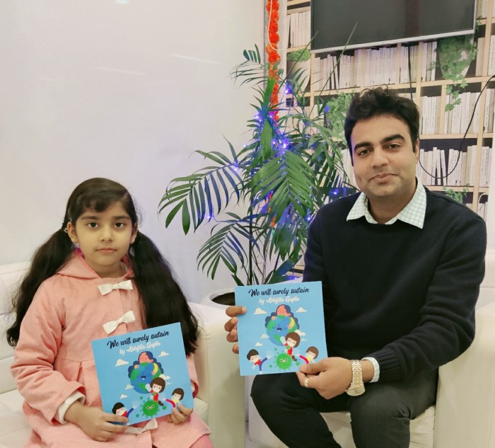 Writing Prodigy Abhijita Gupta signs a four books contract with Invincible Publishers